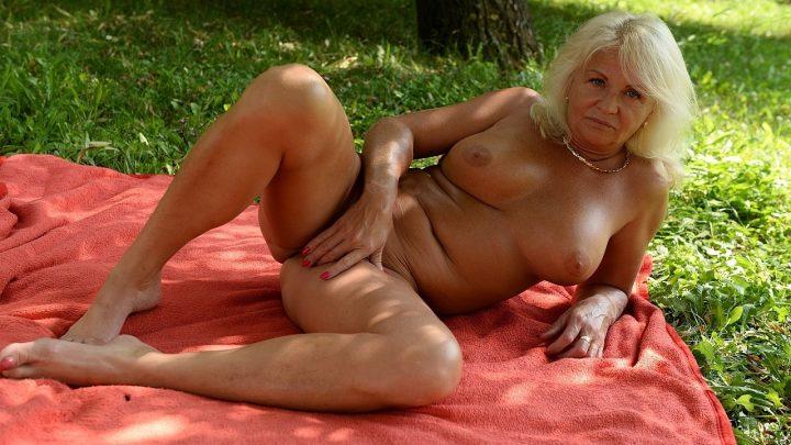 21sextreme.com – Not So Vanilla Anett 2015 Blonde