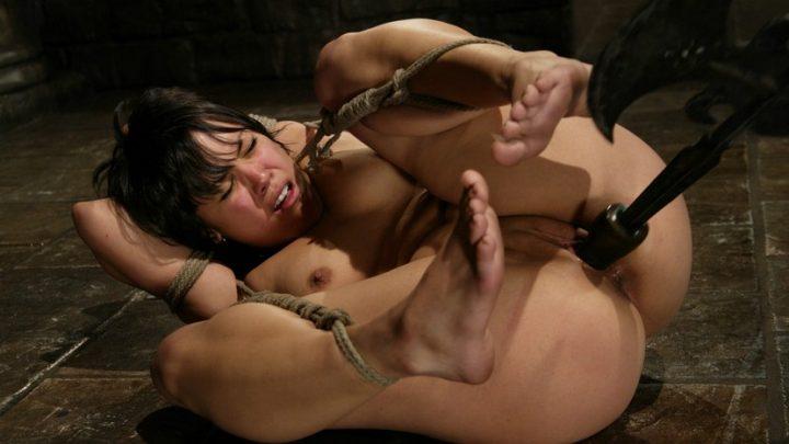 Hogtied.com – Maya Maya 2004 Rope Bondage