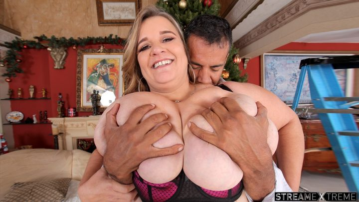 Plumperpass.com – Cami's Big Gift Cami Cooper 2017 Pussy Eating