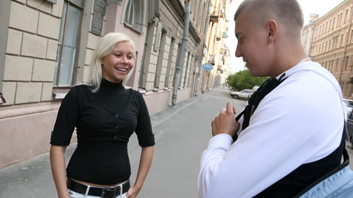 Pickupfuck.com – Blonde bimdo in sex pickup video Betsey Kite 2010 Outdoor