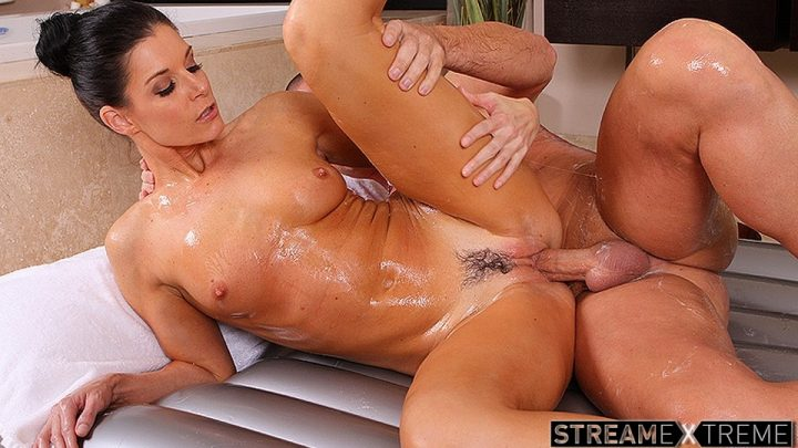Nurumassage.com – Troubled Neighbor India Summer 2011 Body Massage