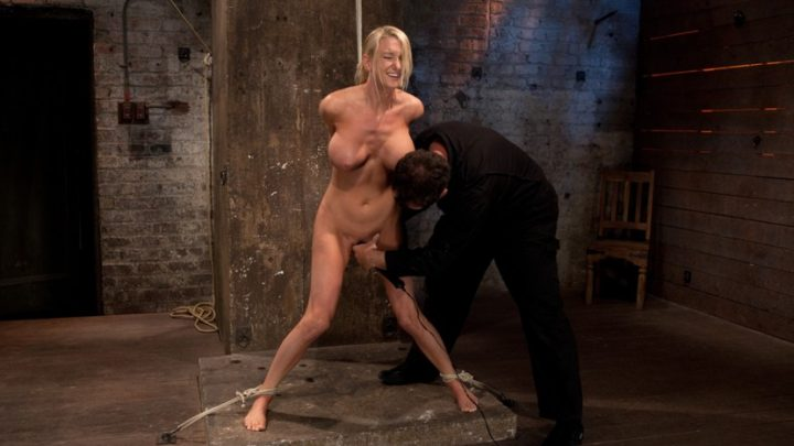 Hogtied.com – Bomb shell blond with massive.. Blake Rose 2011 Domination