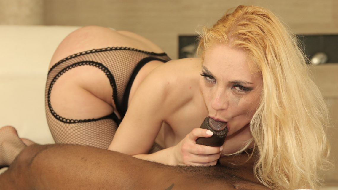 Herlimit.com – Hot blonde Romanian Luna Melba.. John Johnson & Luna Melba 2018 Anal Slut