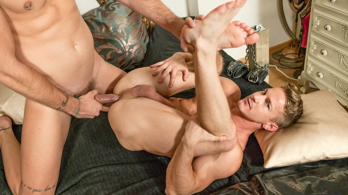 Drillmyhole.com – Bedside Stories Part 1 Darius Ferdynand & Theo Ford 2015 Gay Porn