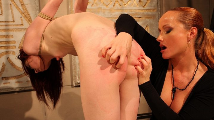 21sextreme.com – Fox in the Trap Katy Parker & Niki Fox 2011 Big Butt