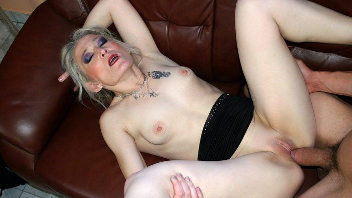 21sextreme.com – My Little Boyfriend Angeline 2011 Handjobs
