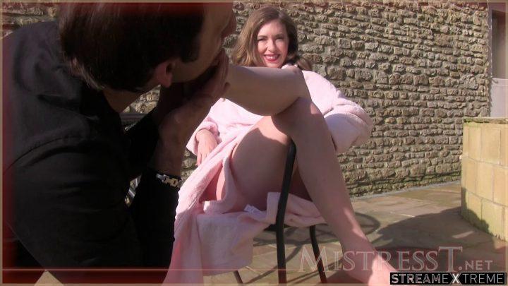 Mistresst.com – Lick Muddy Feet  2013 Foot Worship