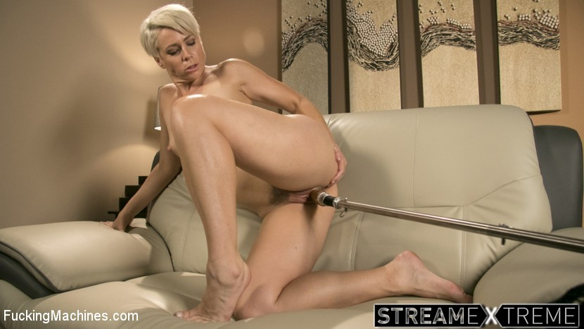 Fuckingmachines.com – Sexy Blonde Cougar Takes Our.. Helena Locke 2017 Submission