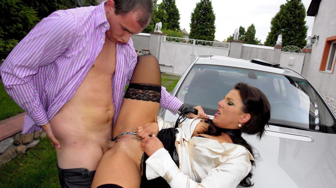 Нереально крутой секс в одежде — photo 2