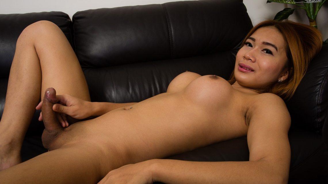 Ladyboy.com – Hot Stroker Reeta Reeta 2014 Ladyboy