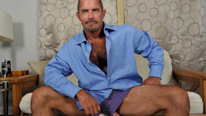 Menover30.com – Dressed for Sex-cess! Tim Kelly 2012 Gay Porn