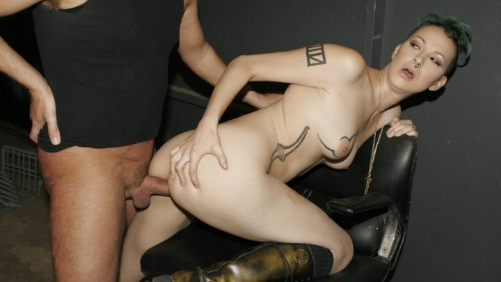 Burningangel.com – Oooh, Downward Spirals Make Me Wet Chapel Waste & Alec Knight 2010 GirlBoy