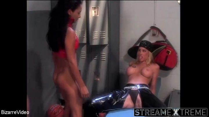 Bizarrevideo.com – Leather Bound Dykes From Hell 25  2014 Bdsm