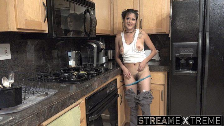 Wearehairy.com – Daniela Flor enjoys masturbating.. Daniela Flor 2018 Brunettes