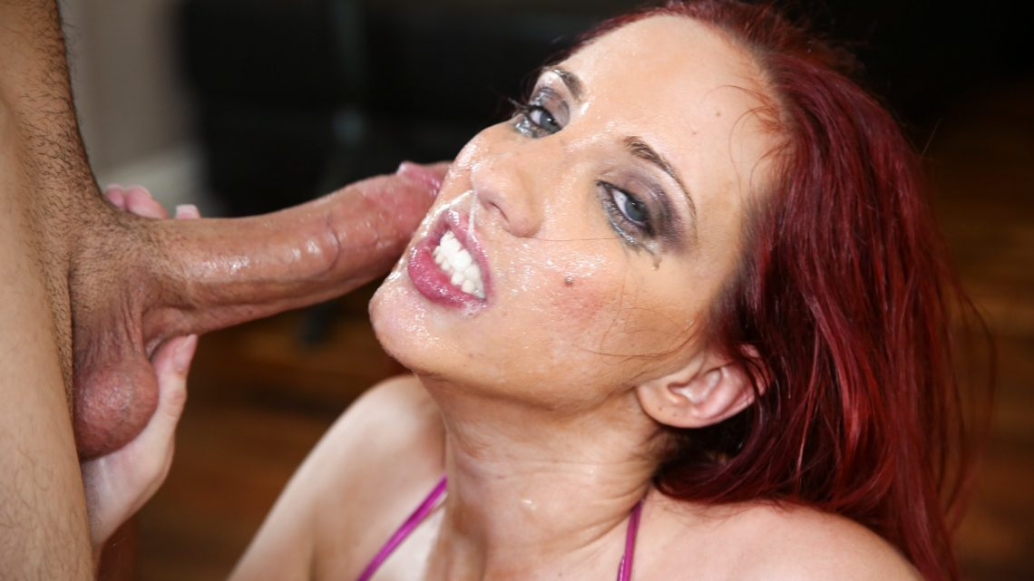 Throated.com – Kelly Divine Kelly Divine 2013 Cum In Mouth